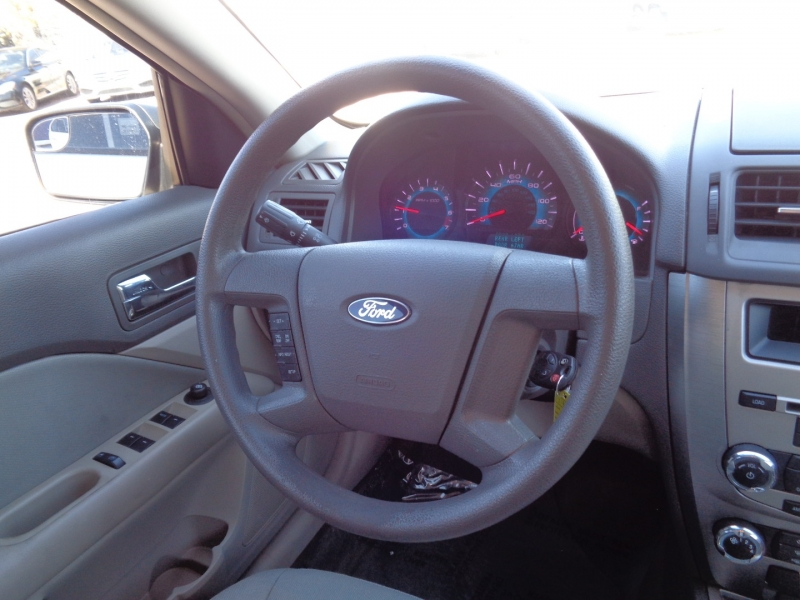 Ford Fusion 2012 price $10,995
