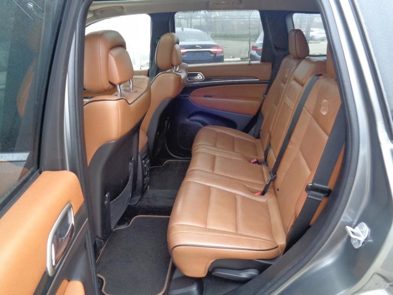 Jeep Grand Cherokee 2011 price $17,995