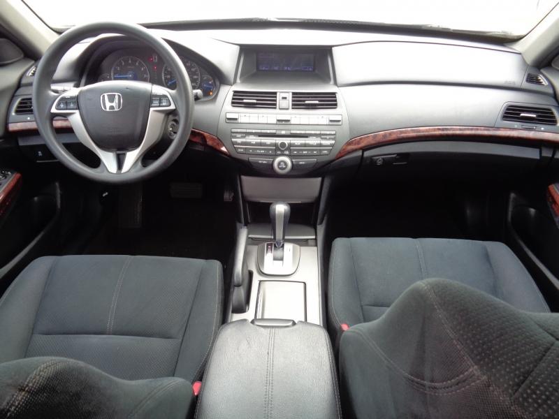 Honda Accord Crosstour 2010 price $14,995