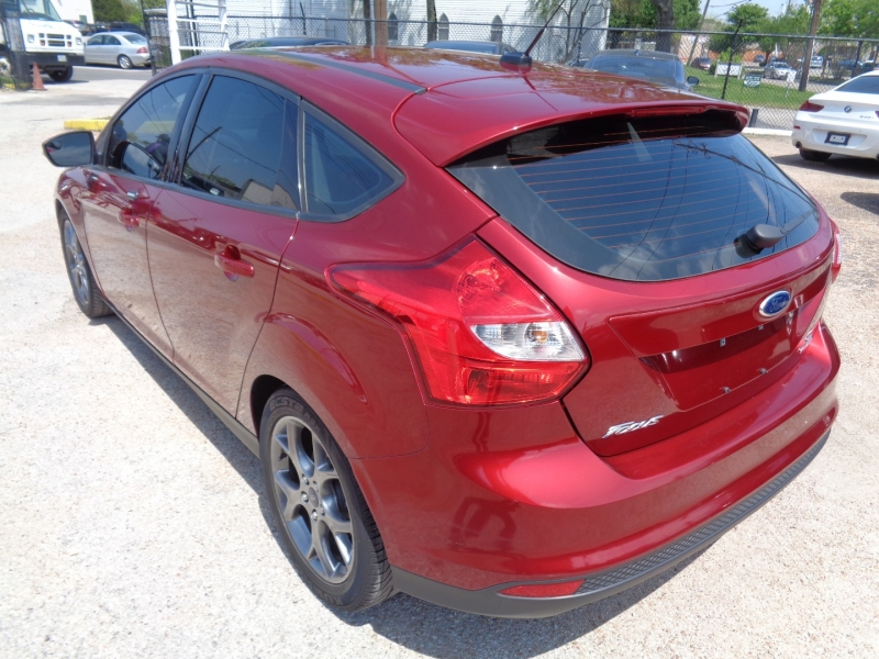 Ford Focus 2014 price $12,995