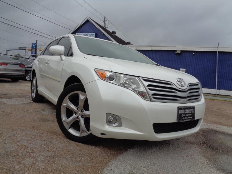 Toyota Venza 2010 price $15,995