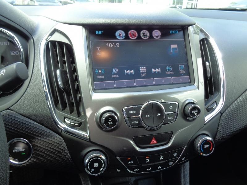 Chevrolet Cruze 2016 price $16,995
