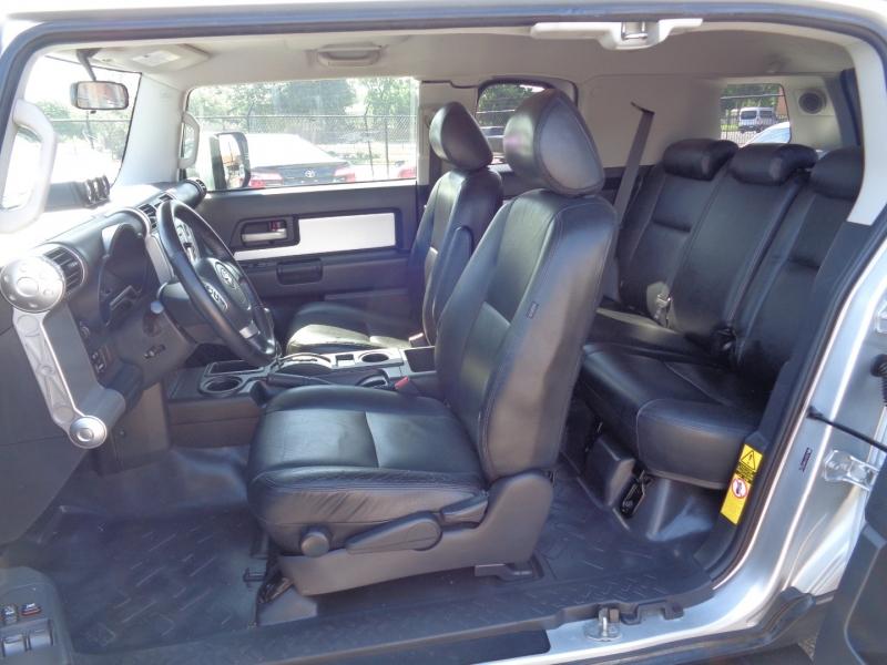 Toyota FJ Cruiser 2008 price $19,995