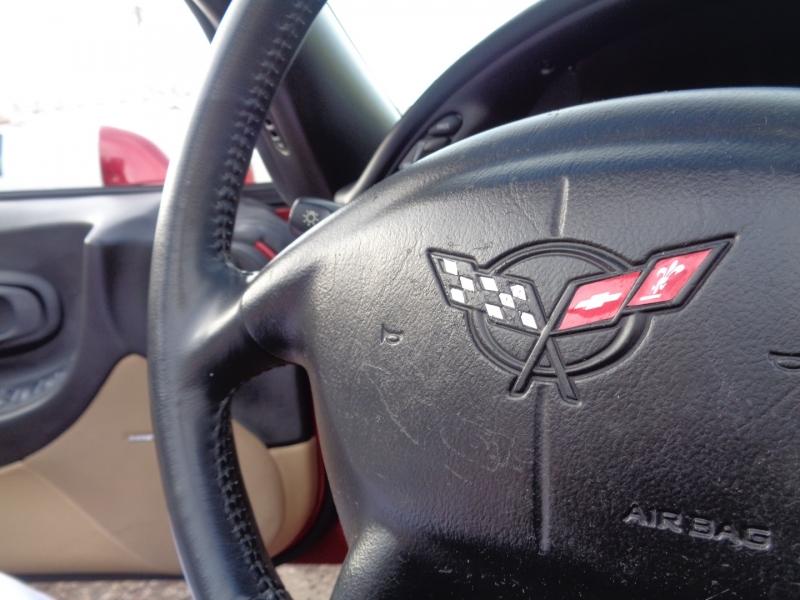 Chevrolet Corvette 2004 price $27,995