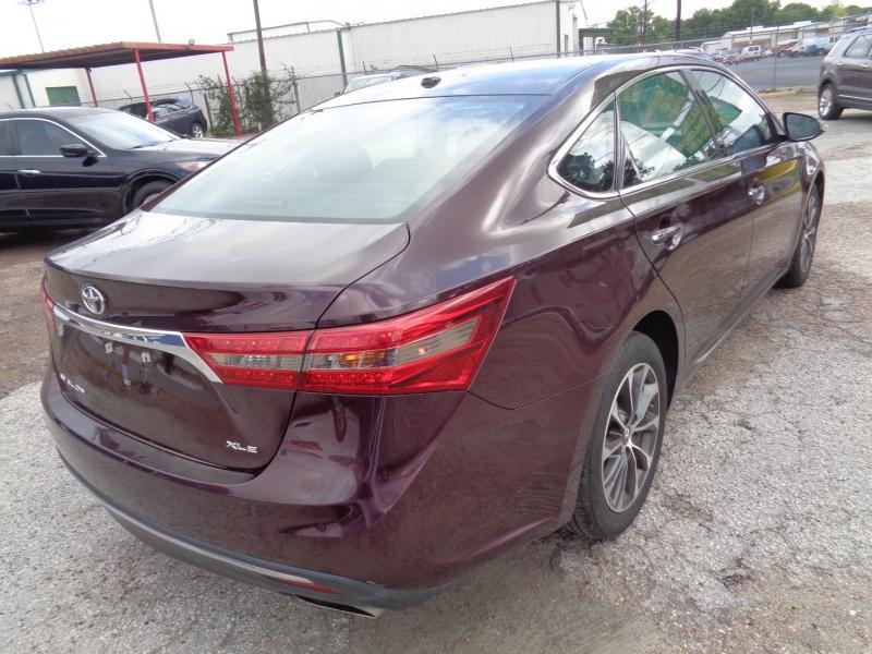 Toyota Avalon 2018 price $19,995