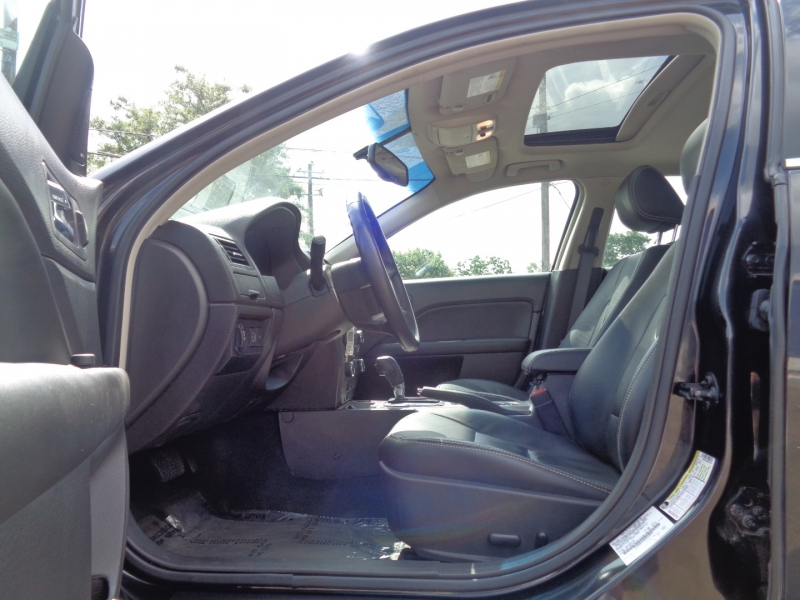 Ford Fusion 2011 price $13,995