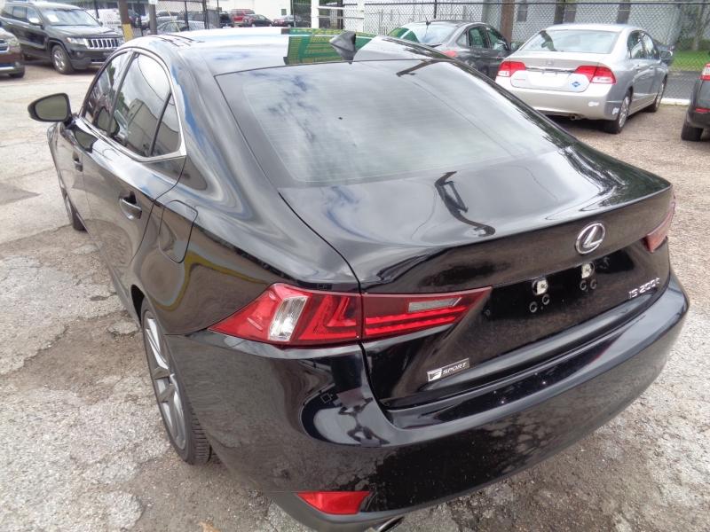Lexus IS 200t 2016 price $32,995