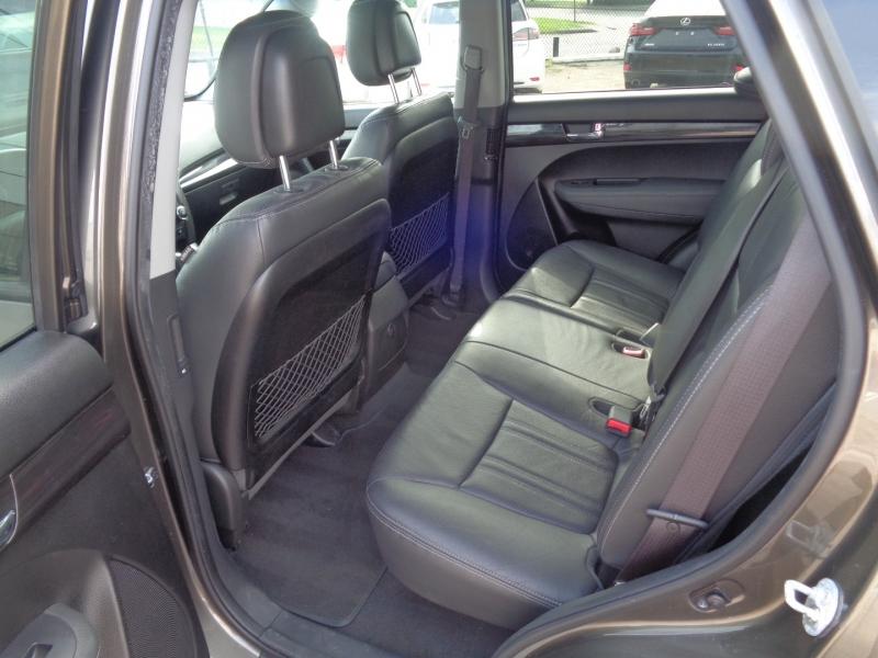 Kia Sorento 2013 price $17,995