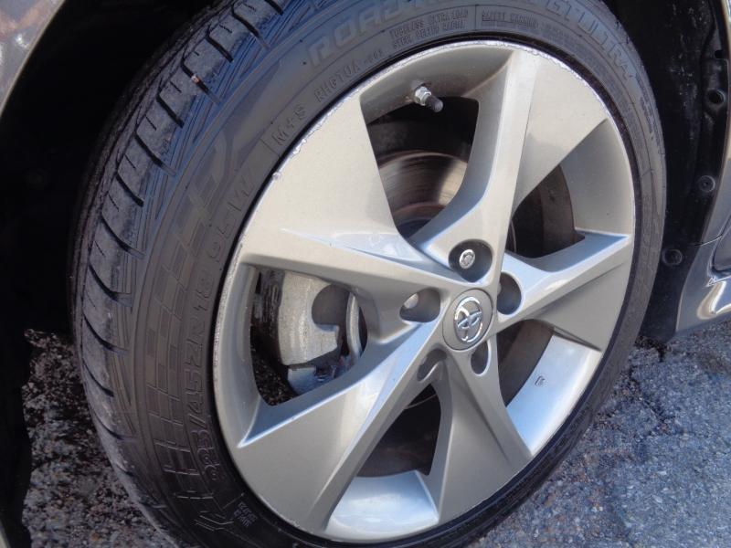 Toyota Camry 2014 price $19,995