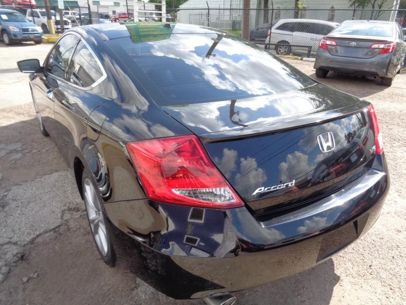 Honda Accord Cpe 2012 price $22,995