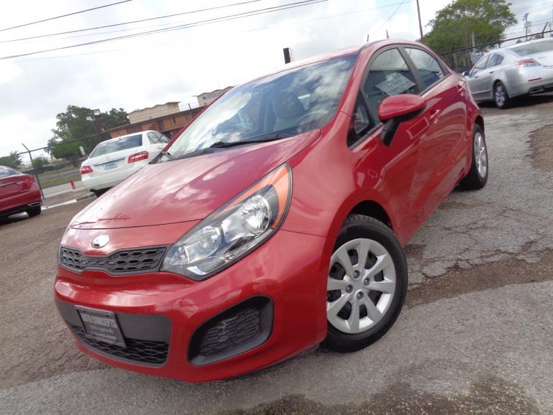 Kia Rio 2013 price $12,995