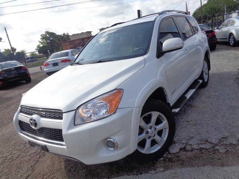 Toyota RAV4 2012 price $18,995