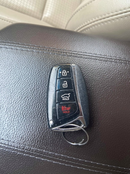 Hyundai SANTA FE SPORT 2013 price $7,900