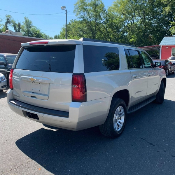 Chevrolet SUBURBAN 2015 price $24,900 Cash