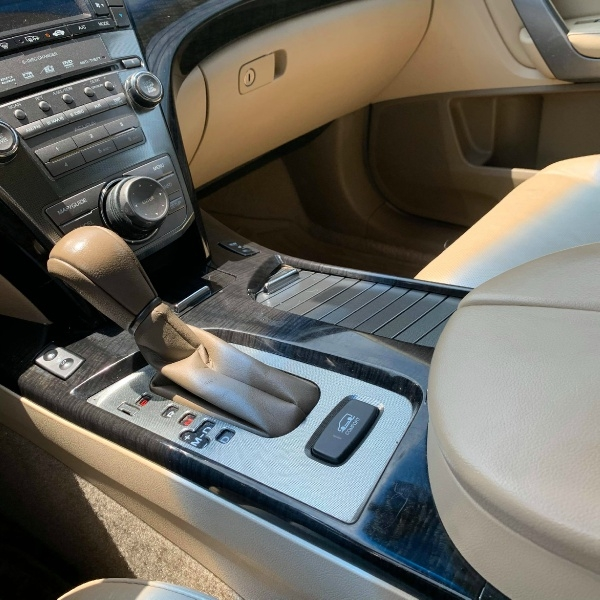 Acura MDX 2007 price $7,900 Cash