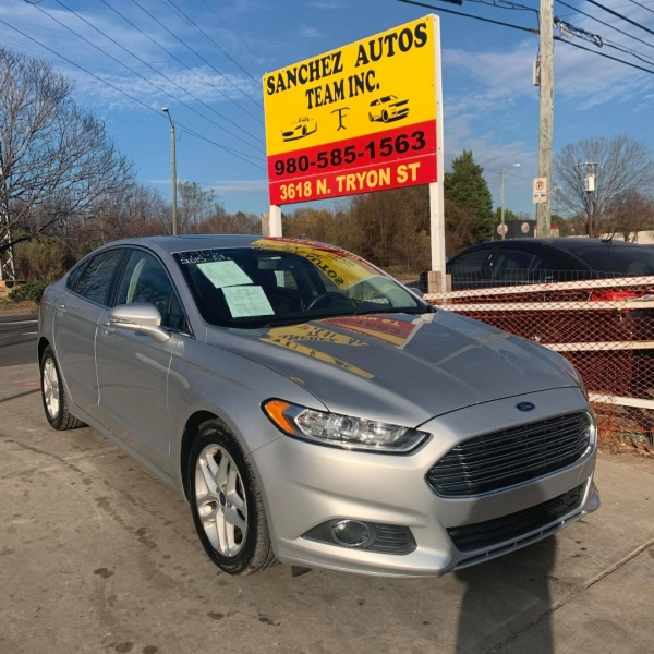 Ford FUSION 2015 price $8,900