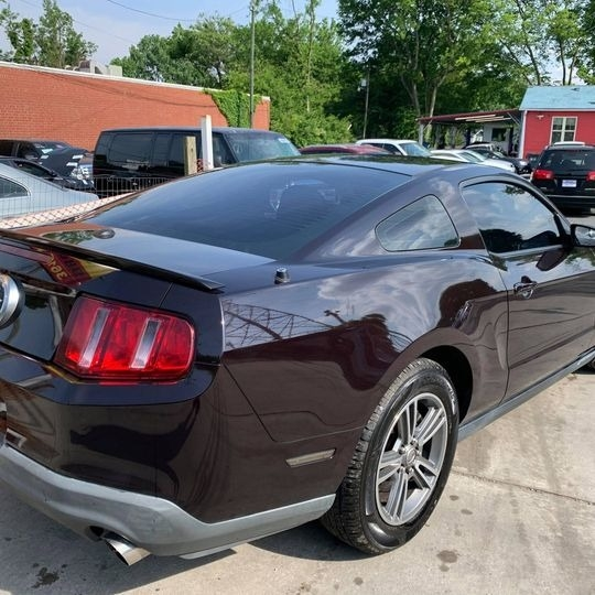 Ford MUSTANG 2012 price $9,900