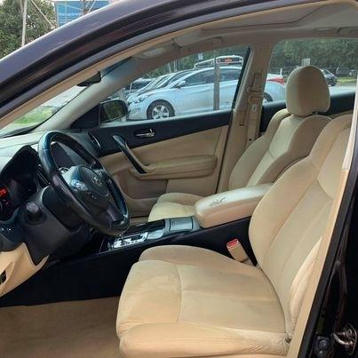 Nissan MAXIMA 2010 price $8,900