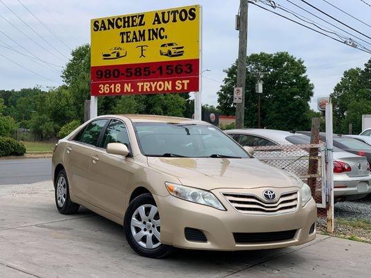 Toyota CAMRY 2011 price $6,900