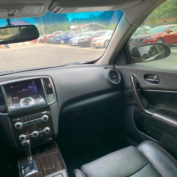 Nissan MAXIMA 2013 price $8,900