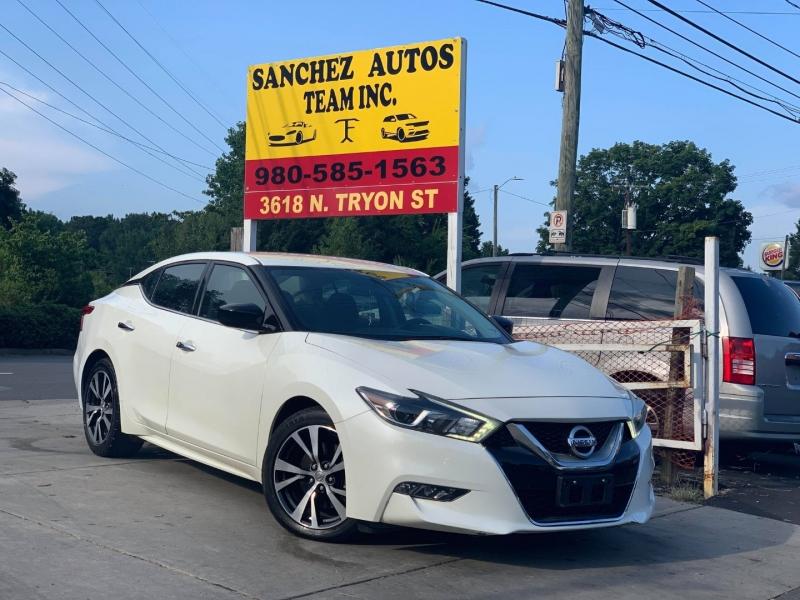 Nissan MAXIMA 2017 price $17,900