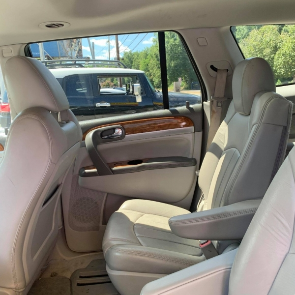 BUICK ENCLAVE 2010 price $11,900