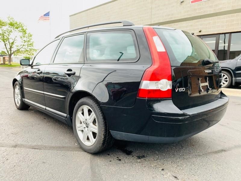 Volvo V50 2006 price $2,899