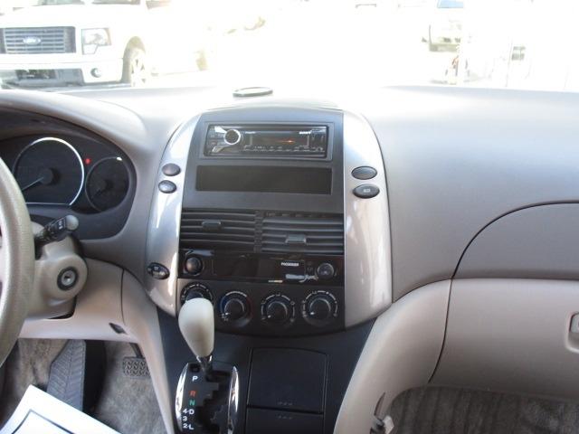 Toyota Sienna 2008 price $7,900