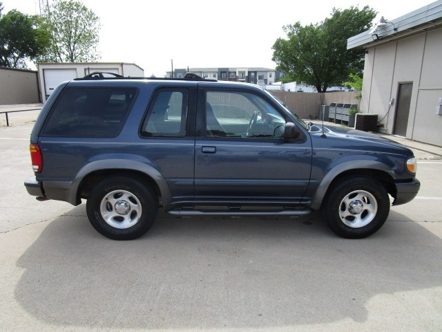 Ford Explorer 1999 price $2,450