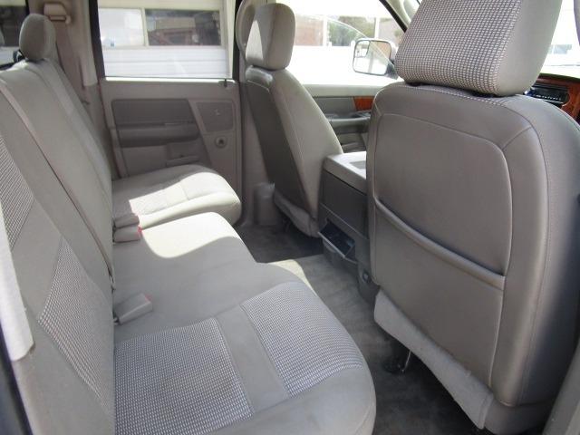 Dodge Ram 2500 2006 price $15,900