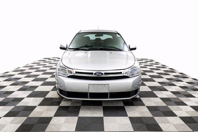 Ford Focus 2009 price $6,800