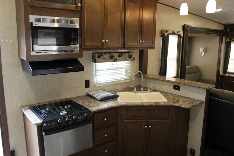 Keystone hideout 315 RDTS 2016 price $21,995