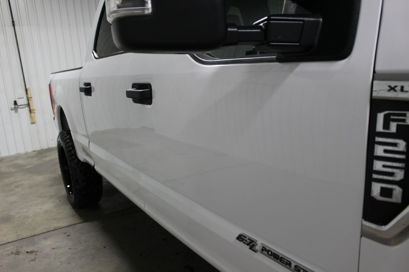 Ford Super Duty F-250 2019 price $48,995