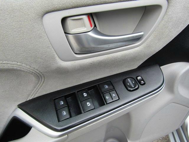 Toyota CAMRY XSE NAV 1 OWNER 2015 price $14,995 Cash
