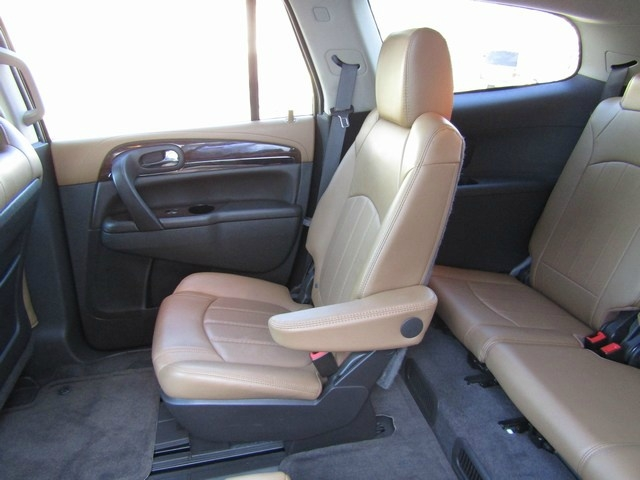 Buick Enclave Nav 1 Owner 3RD Seat 2015 price $13,995 Cash