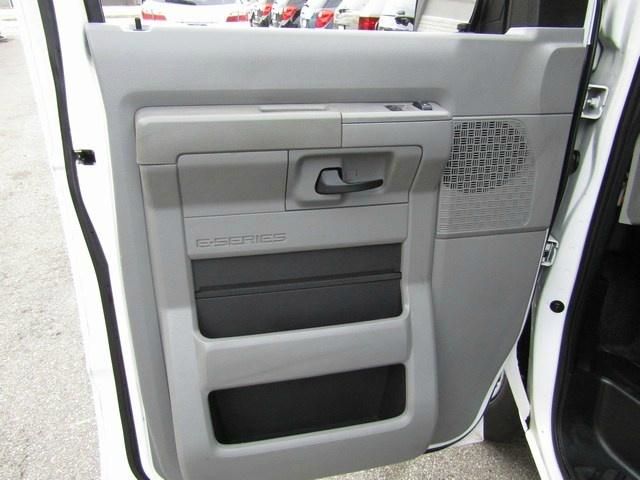 Ford Econoline Cargo Van 1 Owner 2010 price $9,995 Cash