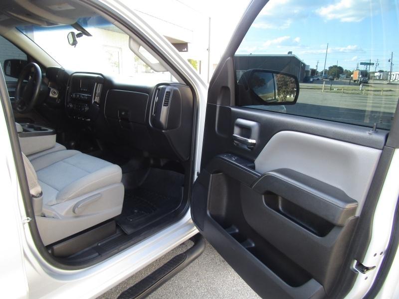 Chevrolet Silverado 1500 4WD 1 Owner 2015 price $16,995 Cash