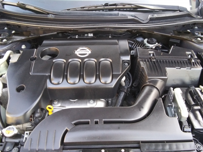 Nissan Altima SL 2.5L Coupe leather 2012 price $5,495 Cash