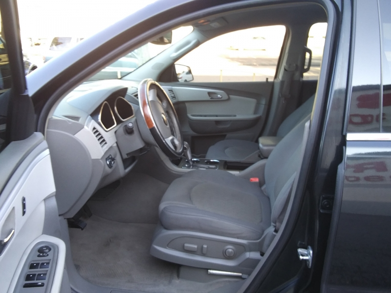Chevrolet Traverse LT 3rd Row Seat 2009 price $5,995 Cash