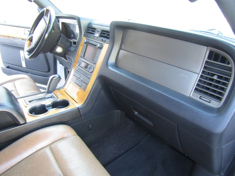 Lincoln Navigator Limited Edition 4WD 2013 price $13,995 Cash