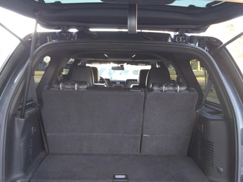 Lincoln Navigator Lim 4WD Nav 2012 price $13,995 Cash