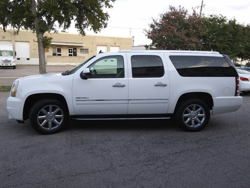 GMC Yukon XL Denali 1 Owner 2009 price $13,995 Cash