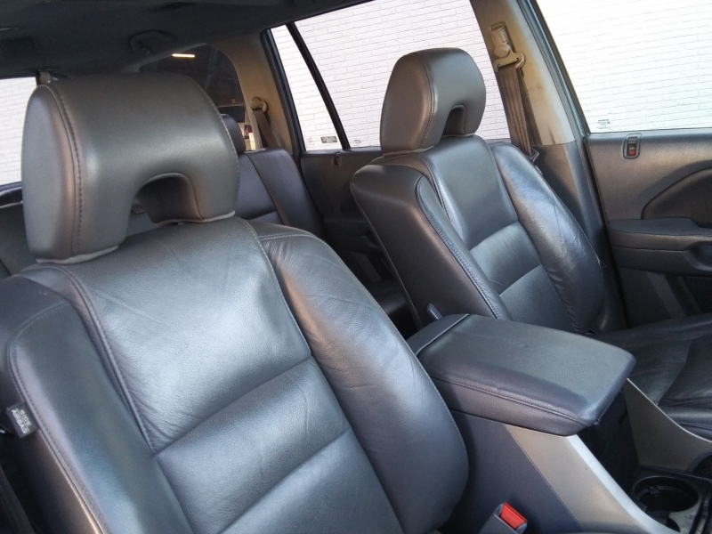 Honda Pilot EX-L Roof leather 3RD Seat 2007 price $6,995 Cash