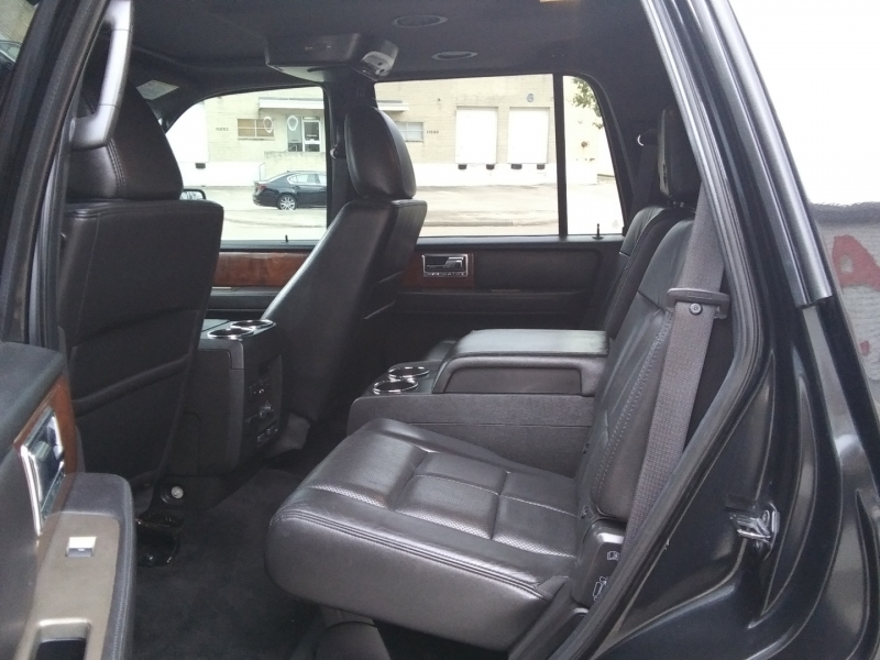 Lincoln Navigator Limited 4WD 2012 price $13,995 Cash
