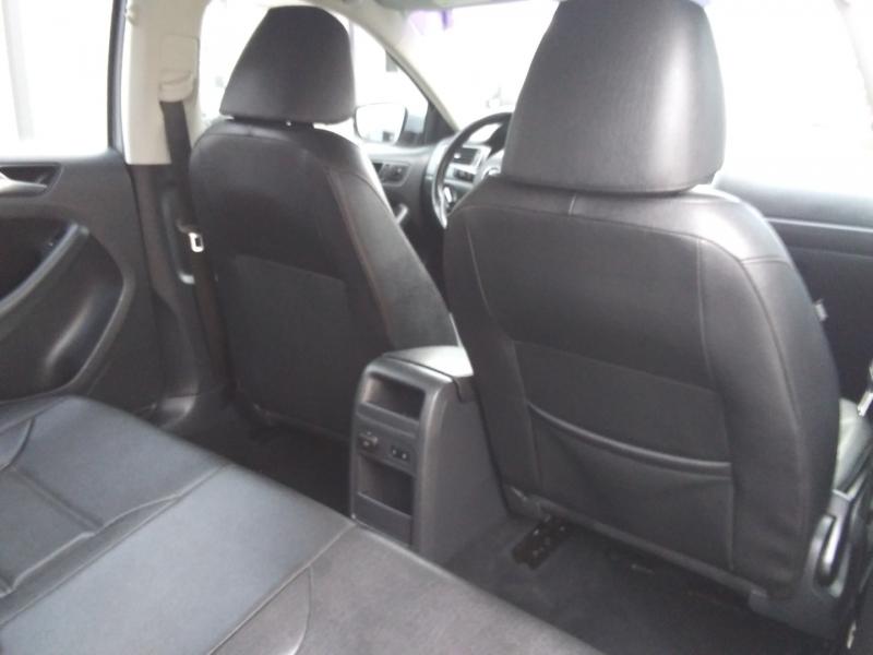 Volkswagen Jetta SE leather Roof Heated Seat 2012 price $6,995 Cash