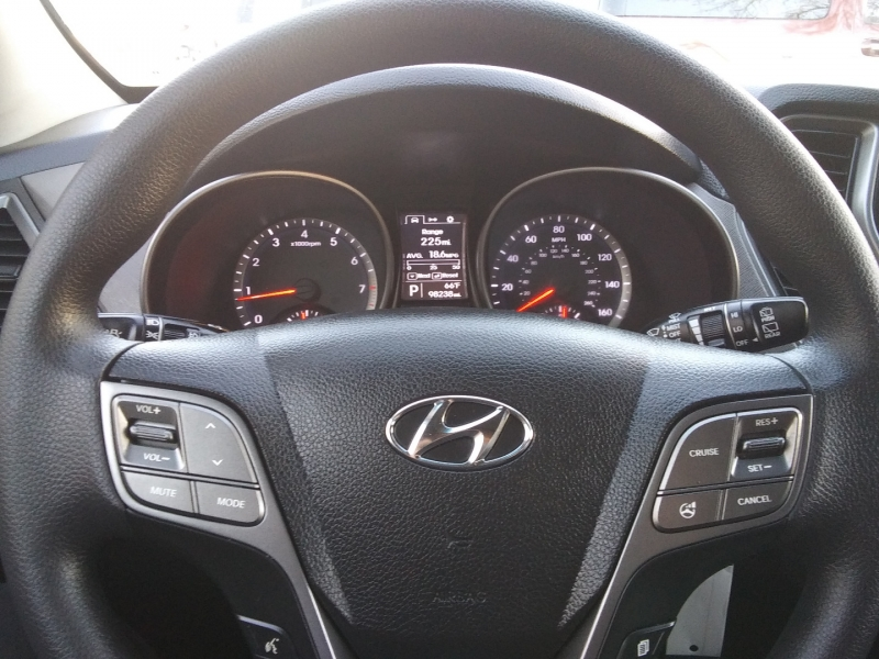 Hyundai Santa Fe Sport 2016 price $10,995 Cash