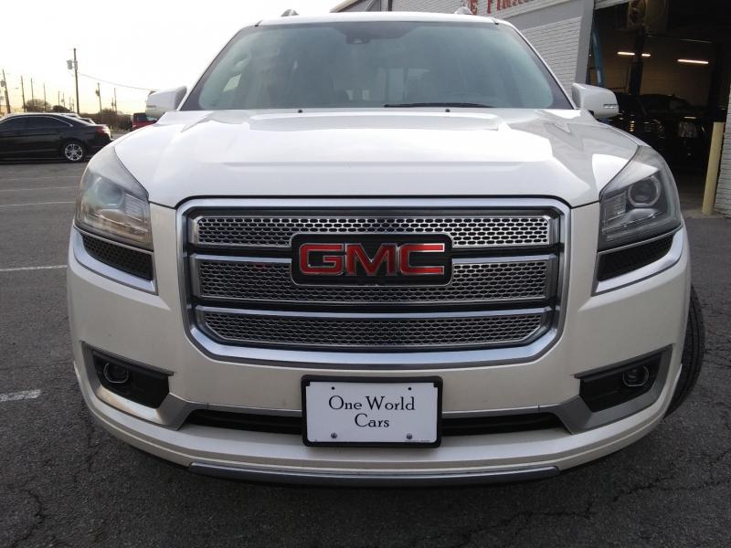 GMC Acadia Denali NAV 2015 price $14,995 Cash