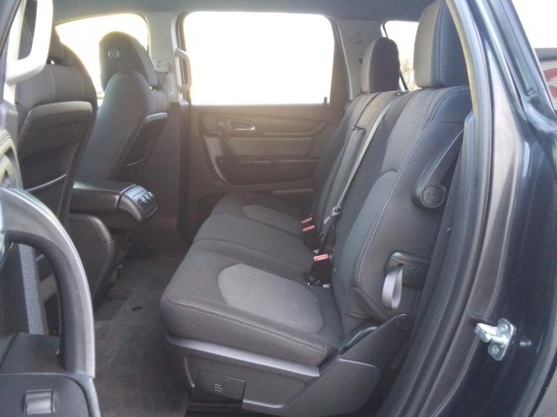 Chevrolet Traverse 1LT 1 Owner 2016 price $15,995 Cash