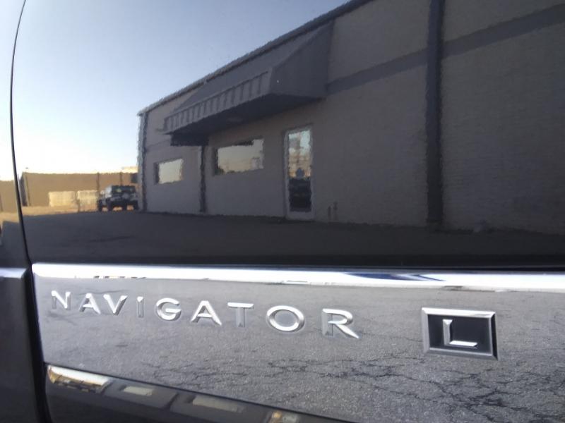 Lincoln Navigator L 2011 price $12,995 Cash