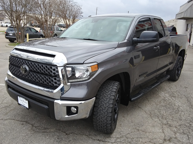 Toyota Tundra SR5 4WD 5.7L 1 Owner 2018 price $33,995 Cash
